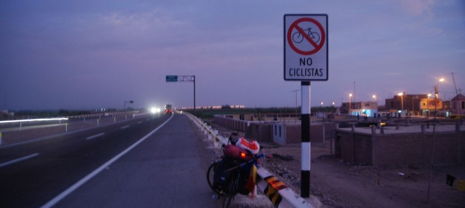 Cycling on Peruvian highways